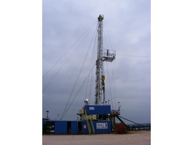 2008 IDECO 1000 Drilling Rig, with 17ft Adjustable Substructure, 117ft 400,000# SHL Mast, Complete with Rotating/Traveling Equipment, BOP Equipment, & Mud System, 1 Lot